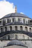 蓝色清真寺圆顶 免版税图库摄影