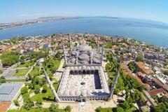 蓝色清真寺在伊斯坦布尔,土耳其,空中 免版税库存图片