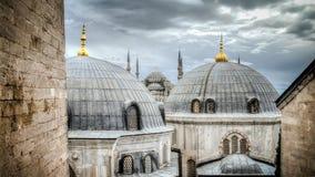 蓝色清真寺在Sultanahmet伊斯坦布尔土耳其 免版税图库摄影