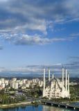 蓝色清真寺天空 库存照片