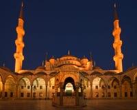 蓝色清真寺晚上 免版税库存图片