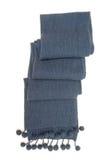 蓝色温暖的围巾。 免版税库存照片