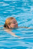 蓝色游泳 库存照片