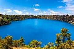 蓝色湖Mt甘比尔澳大利亚 库存照片