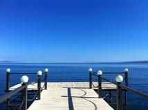 蓝色湖Sevan 免版税图库摄影