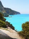 蓝色爱奥尼亚海,海岛小船旅行 图库摄影