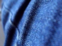 蓝色牛仔布裤子 库存照片
