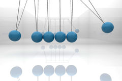 蓝色牛顿摇篮 免版税库存图片