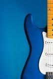 蓝色特写镜头吉他 库存图片