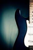 蓝色特写镜头吉他 免版税库存照片