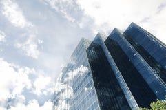 蓝色现代办公室天空摩天大楼 库存照片