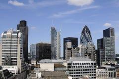 蓝色现代办公室天空 免版税库存图片