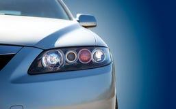 蓝色现代汽车特写镜头 免版税图库摄影