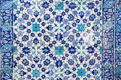 蓝色瓦片在Topkapi宫殿 免版税库存图片