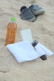 蓝色瓶保护防护星期日遮光剂 库存照片