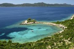 蓝色盐水湖在克罗地亚 免版税库存照片