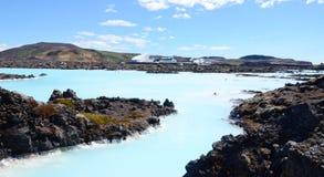 水蓝色盐水湖,冰岛外 免版税库存照片