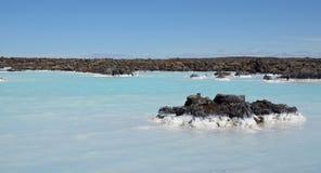 水蓝色盐水湖,冰岛外 库存图片