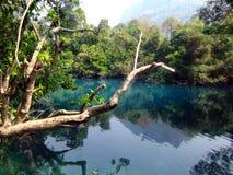 蓝色盐水湖,他曲老挝 库存图片