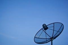 蓝色盘卫星天空 免版税库存照片