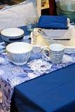 蓝色碗筷 库存照片