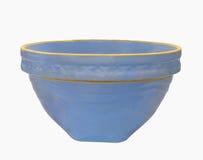 蓝色碗陶器查出的混合的葡萄酒 库存照片