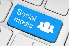 蓝色社会媒介键盘按钮 免版税库存照片