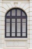 蓝色窗口殖民地居民样式 免版税库存图片