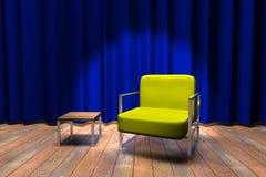 蓝色窗帘沙发阶段 免版税库存照片
