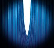 蓝色窗帘空缺数目 免版税图库摄影