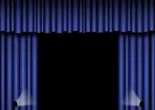 蓝色窗帘阶段 免版税库存照片