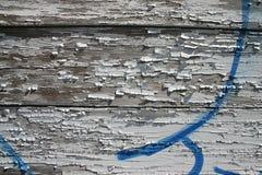 蓝色纹理墙壁被风化的白色 库存图片