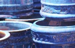 蓝色罐 免版税库存图片