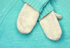 蓝色羊毛纹理和手套 免版税图库摄影