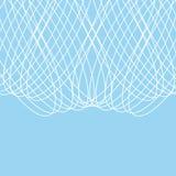 蓝色背景、白色网和链子在浅兰的背景 图库摄影