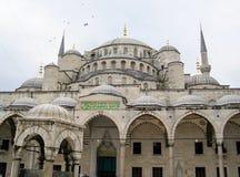 蓝色著名伊斯坦布尔清真寺 图库摄影