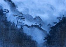 蓝色薄雾和山 库存照片