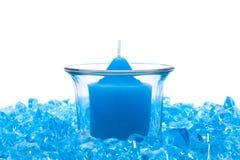 蓝色蜡烛水晶 库存照片