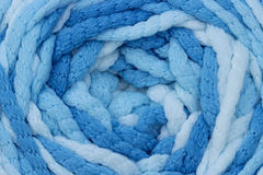 蓝色被编织的纹理羊毛 库存照片