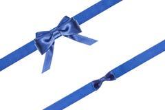 蓝色被隔绝的缎弓和丝带-集合32 免版税库存图片