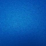蓝色被绘的墙壁 免版税库存照片