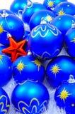 蓝色装饰红色星形 免版税库存图片