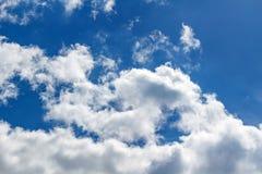 蓝色覆盖天空 抽象背景天空 库存图片