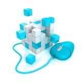 蓝色计算机老鼠连接到立方体结构 免版税库存图片