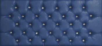 蓝色豪华皮革金刚石散布的背景 免版税库存图片