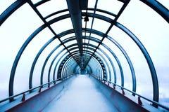蓝色走廊玻璃 免版税图库摄影