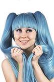 蓝色逗人喜爱的头发纵向妇女年轻人 库存图片