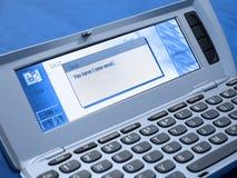 蓝色通信装置有新的邮件您 免版税库存图片