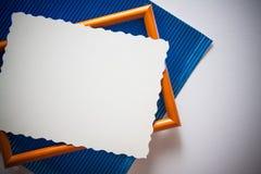 蓝色金属化的纸背景 免版税库存照片