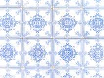 蓝色陶瓷葡萄牙典型的白色 库存图片